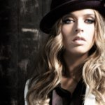ZZ Ward Showcase